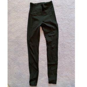 Lululemon black leggings with side mesh paneling